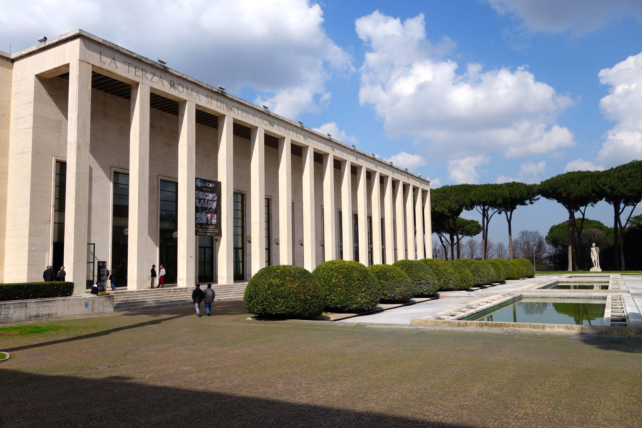 Mussolini s architectural legacy in rome rome on rome for Uffici roma eur