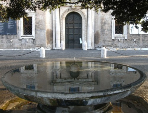VillaMedici_spherFountain