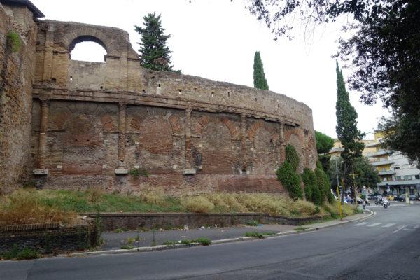 Castrum_Amphitheatre