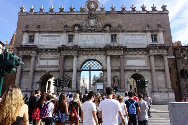 PortaDelPopolo_exterior
