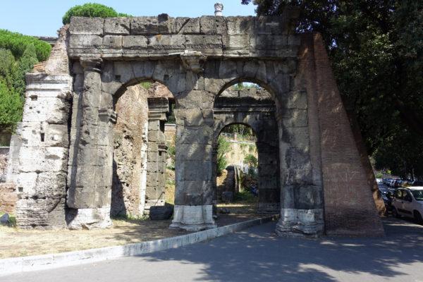 Porta_Carmentalis