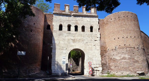 Porta_Latina
