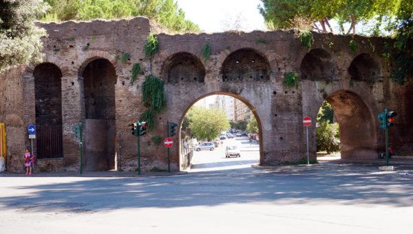 Porta_Metronia