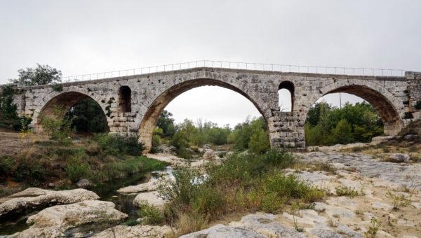 pont_julien_1