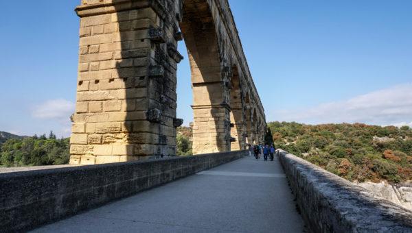 pont_du_gard_1764_road