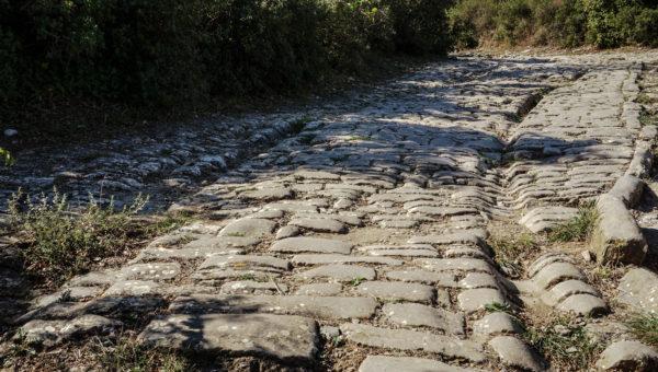 ambrussum_road_wheeltracks